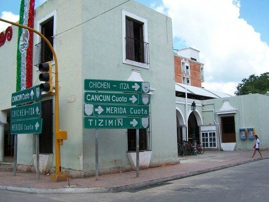 Cenote Samula: Way to the Cenote
