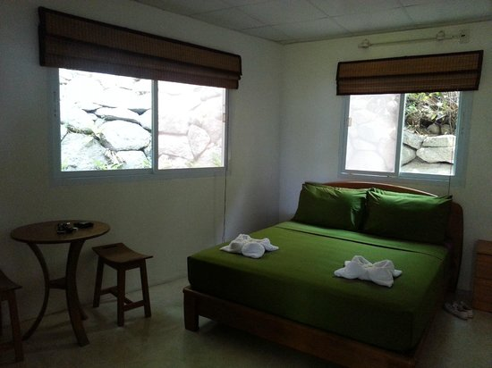 Monkey Flower Villas : Bedroom 1