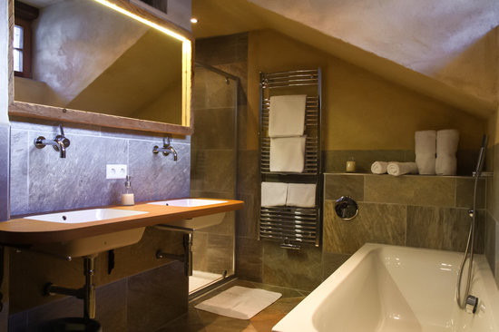 badezimmer ferienwohnung edelweiss chalet alpin heiligenblut, Badezimmer