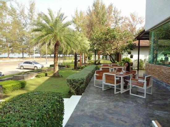 Yatale The Resort : Breakfast terrace