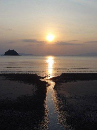 Yatale The Resort : Sunset