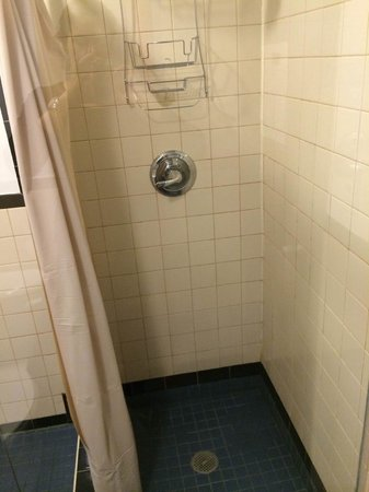 New York Budget Inn: Banheiro 5º andar