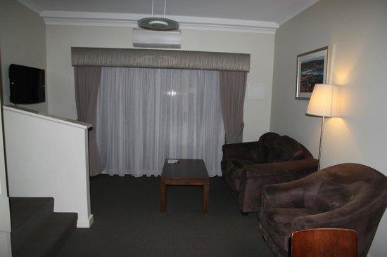 Mercure Sanctuary Golf Resort: Loungeroom