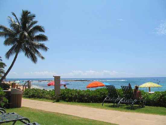 Marriott's Waiohai Beach Club: Relaxing at Waiohai's beach