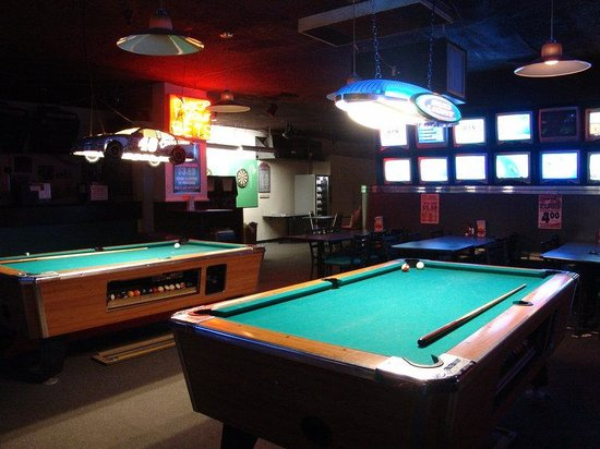 GuestHouse Inn & Suites Eugene / Springfield: Bar Lounge