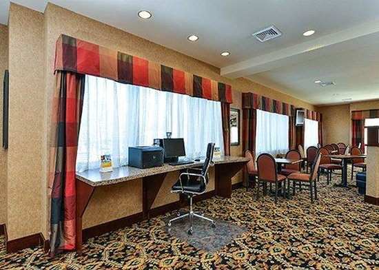 Holiday Inn Express & Suites Mobile West - I-65: Business Center