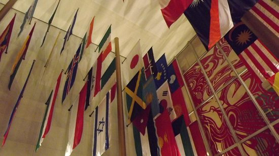 John F. Kennedy Center for the Performing Arts: Particolare delle bandiere