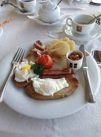 Elephant Corridor Hotel: my breakfast