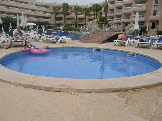 Tropic Garden Aparthotel : piscina piccoli