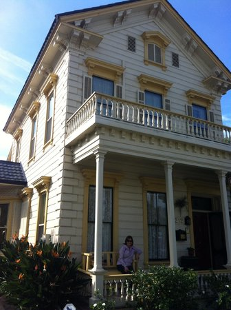 Harkey House Bed and Breakfast: Front of B&b B