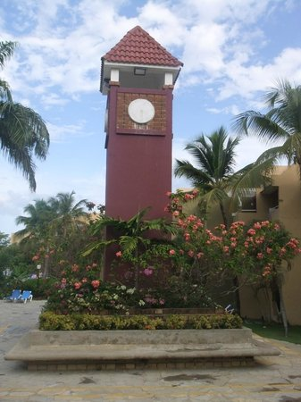 Casa Marina Beach & Reef: The big clock