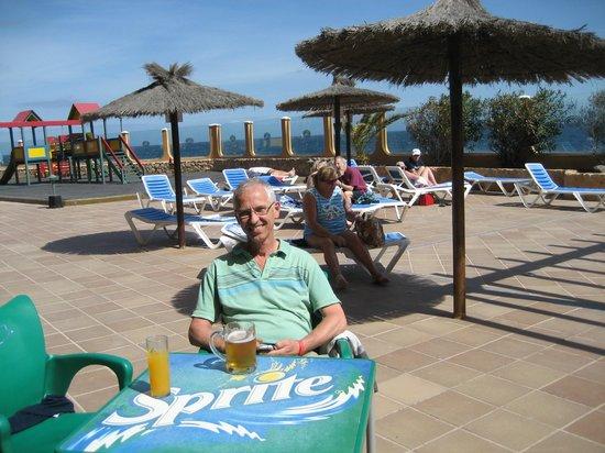 Suite Hotel Elba Castillo San Jorge & Antigua : Poolside terrace