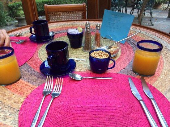 La Casita del Patio Verde: The breakfast menu