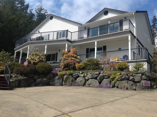 4 Beaches Bed & Breakfast: Front View