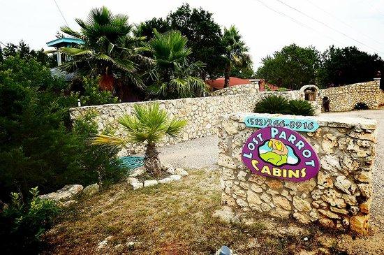 Lost Parrot Cabins: Lost Parrot Entrance