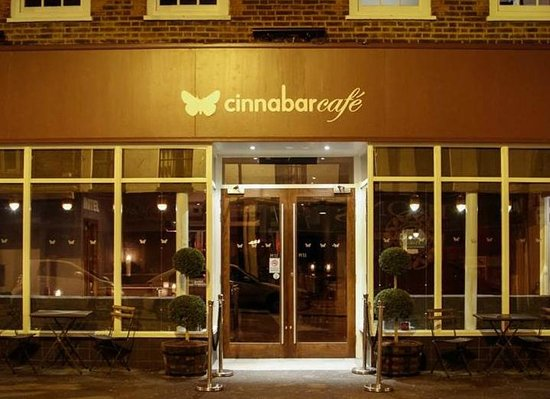 Cinnabar Hertford Hotel: Outside