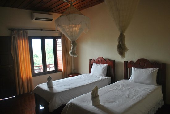 Vilayvong Guesthouse: room