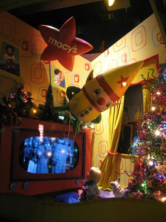 Macy's Philadelphia: Macy's christmas windows display