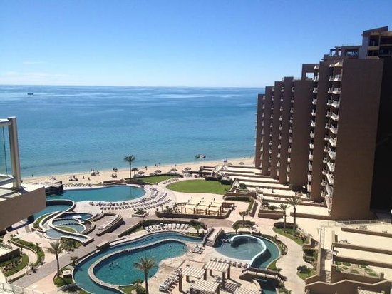Las Palomas Beach & Golf Resort: View from balcony