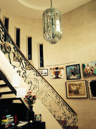 Casa Ramirez: entry