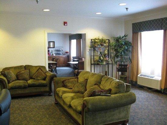 La Quinta Inn Lincoln : Lobby view