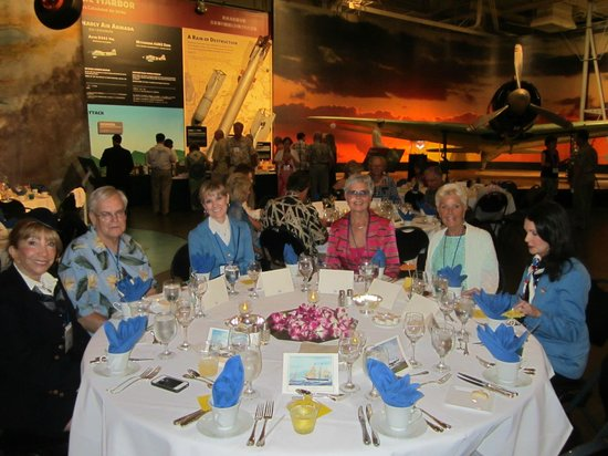 Pacific Aviation Museum Pearl Harbor : our special event dinner in the hangar