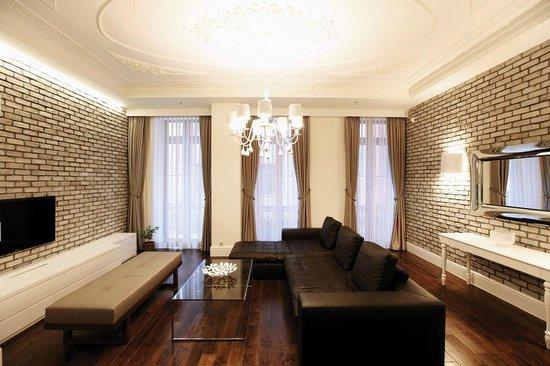 Pera Residence : LIVINGROOM