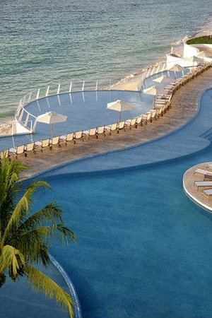 Playacar Palace: Pool - Solarium