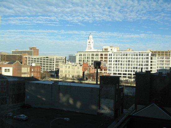 Hampton Inn Philadelphia Center City - Convention Center: Hampton Inn Philadelphia Convention Center - view from our room
