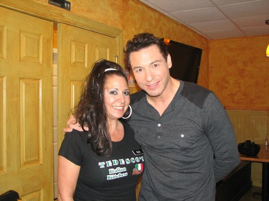 Tedesco's: Rocco DiSpirito and Gia,our waitress