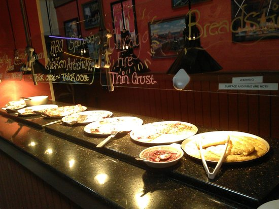 Old Chicago: pizza buffet is one counter