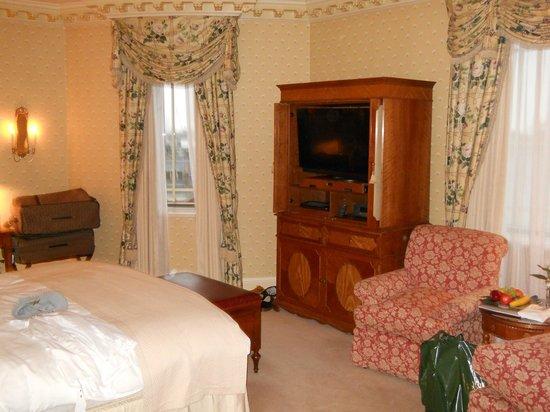 The Dorchester: Room