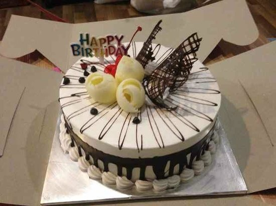 Citadines Uplands Kuching: Complimentary cake from Citadines