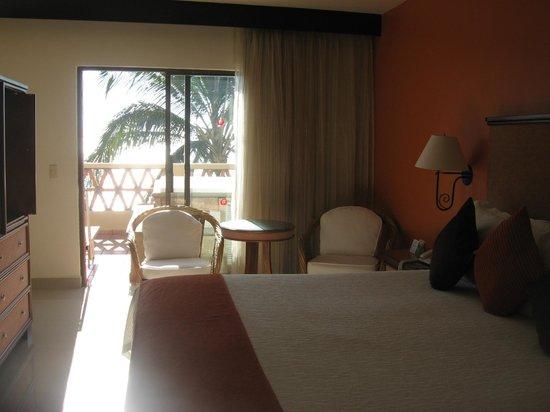 Canto Del Sol Plaza Vallarta: master bedroom