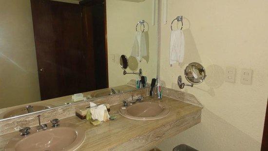 Emporio Hotel & Suites Cancún: Room