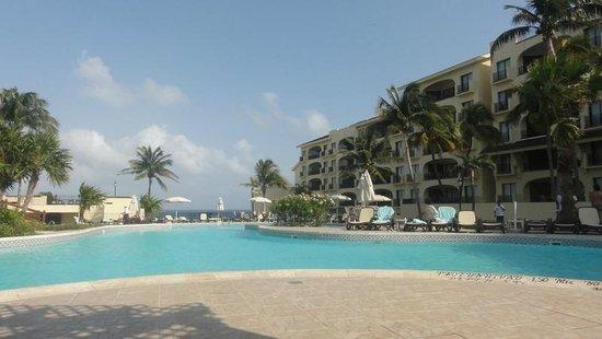 Emporio Hotel & Suites Cancún: Hotel