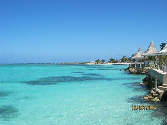 Seagarden Beach Resort Eau Turquoise Et Cristalline