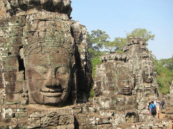 Bayon (Angkor) : 京唄子