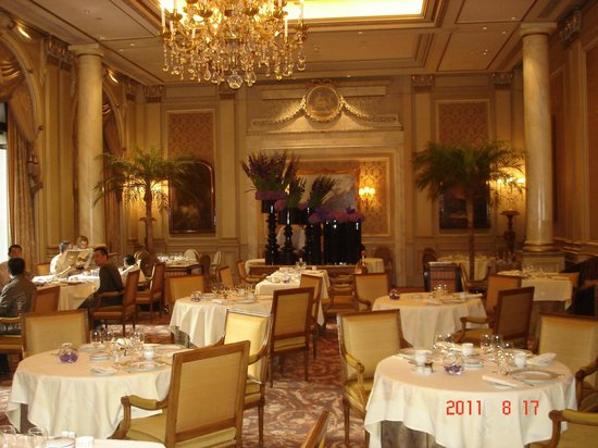 Four Seasons Hotel George V Paris: comedor