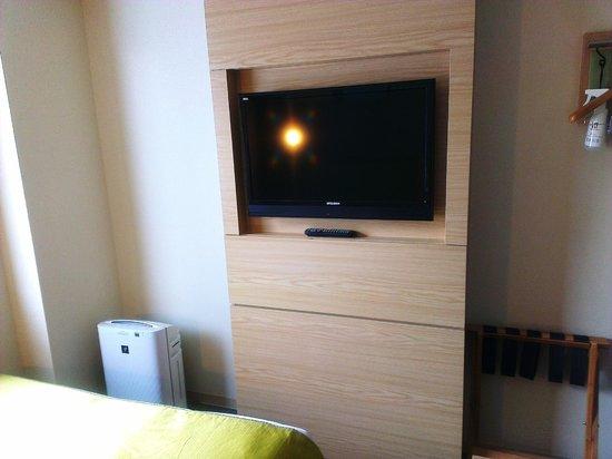 Super Hotel LOHAS Tokyo Station Yaesu Chuo-guchi: TV