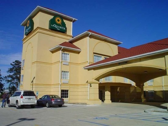 La Quinta Inn & Suites Walker Denham Springs Area