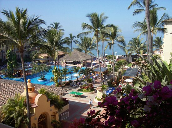 Canto Del Sol Plaza Vallarta: View from upper deck of lobby
