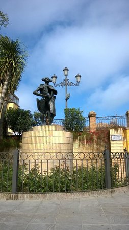 Monte Triana Hotel: Statue of Juan Belmonte García. He lived in Triana and was one of Spain's greatest bullfighters.