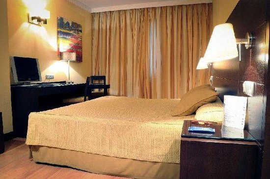 Hotel M.A. Alhamar: Guest Room