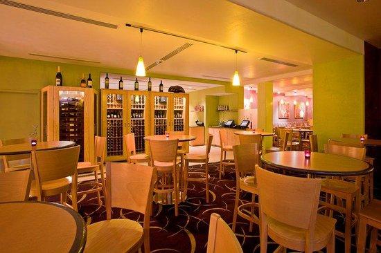Radisson Hotel Yuma: RadissonHotel Yuma Bar/Lounge