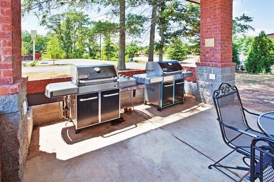 Candlewood Suites Athens-GA: Candlewood Suites Athens Georgia Guest Gazebo