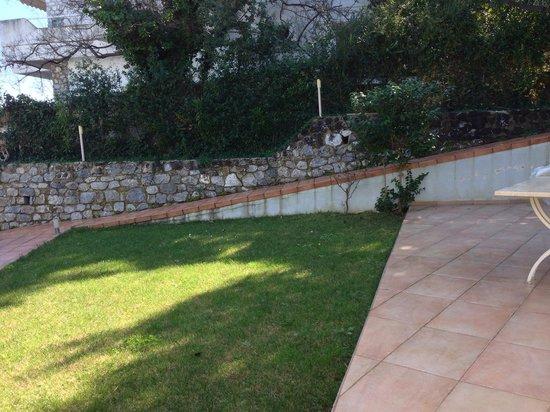 Aegean Residence: Garden