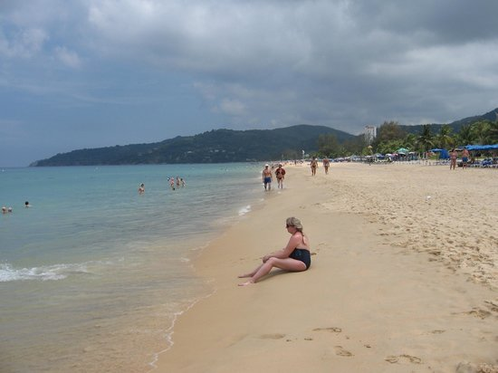 Thavorn Palm Beach Resort: пляж