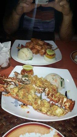 DiyaSisila Restaurant: Chilli prawns and lobster