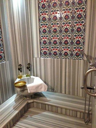 Dersaadet Hotel Istanbul : Turkish style bathroom